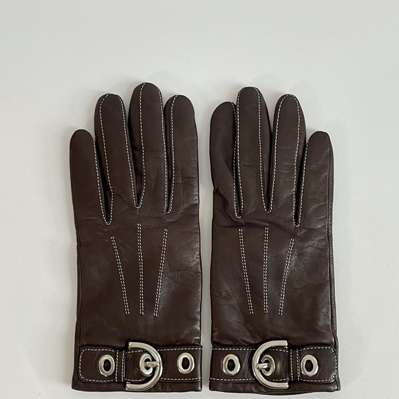 COACH Brown leather gloves with silver buckle
